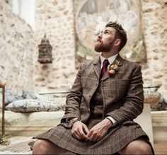 bearditorium: Tristan: nice beard, very nice kilt!