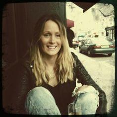 Charlotte Reed - Ich kam zufällig an ihrem Stand auf dem Portobello Markt vorbei, als ich ein paar Stunden in London war. Seitdem folge ich ihren Texten und Bilden via Internet