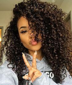 11 so perfekte lockige Frisuren für lange Haare Ideen afro bangs hair hair styles mujer peinados perm style curly curly Curly Hair Styles, Long Curly Hair, Curly Girl, Medium Hair Styles, Natural Hair Styles, Medium Curly, 3c Curly Hair, Really Curly Hair, Updo Curly