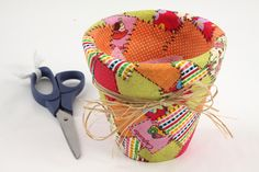 How to decoupage a clay pot with fabric and a watering can with paper