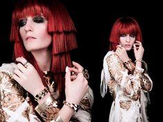"""Coleção """"Serpenti"""" da joalheria Bulgari. Florence + the Machine in Spectrum."""
