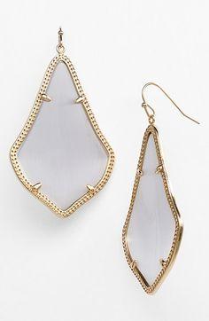 pretty #grey drop earrings http://rstyle.me/n/nww49r9te