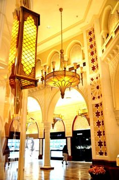 #Dubai Mall gold souk - mixing beautiful architecture with gold. What more could you want?