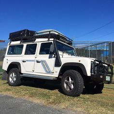 Nothin but blue skies. #brucethedefender #defenderspirit #landrover #britishicon #brisbane #thisisqueensland #landroveraus #landroverdefender #landroverdefender110 by brucethedefender Nothin but blue skies. #brucethedefender #defenderspirit #landrover #britishicon #brisbane #thisisqueensland #landroveraus #landroverdefender #landroverdefender110