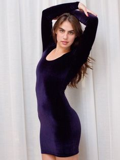 Want this dress. Obsessed with long sleeve dresses.