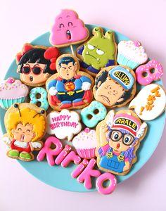 ARAREchan icing cookies. ドクタースランプアラレちゃんのアイシングクッキー
