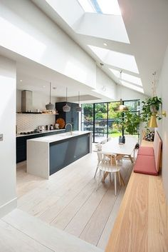 Home Decoration Ideas For Festivals Find the most impressive and modern kitchen design ideas for home here. Decoration Ideas For Festivals Find the most impressive and modern kitchen design ideas for home here. Open Plan Kitchen Living Room, Home Decor Kitchen, Home Kitchens, Kitchen Ideas, Kitchen Paint, Open Plan Kitchen Diner, Kitchen White, Open Kitchen Interior, Neutral Kitchen