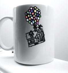 UP white mug & sharpie idea! so precious Sharpie Art Projects, Sharpie Crafts, Sharpie Mugs, Disney Diy, Disney Crafts, Craft Gifts, Diy Gifts, Small Gifts For Coworkers, Sharpie Alcohol
