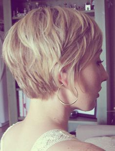 back view of Cute Short Haircuts for Women | Short Blonde Hairstyles for Women | Short Hairstyles 2014 | Most ...