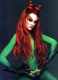 Uma Thurman as Poison Ivy in Batman and Robin (dir. Joel Schumacher, 1997)