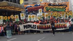 #PEOPLESCLIMATE #SWD #GREEN2STAY Protesters At People's Climate March In NYC Call For Financial Incentives To Help Fight Global Warming