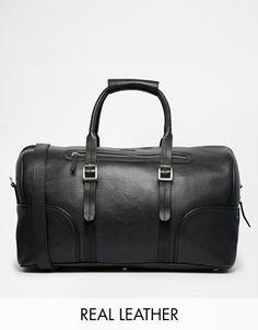 €467, Bolsa de Viaje de Cuero Negra. De Asos. Detalles: https://lookastic.com/men/shop_items/142895/redirect