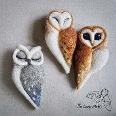Items similar to needle felted OWL BROOCH by The Lady Moth - grey felt owl - horned owl - needle felted sleeping owl - felted owl brooch UK on EtsyEach owl is a UNIQUE piece of jewellery, beautifully designed and carefully crafted. I use natural meri Felt Owls, Felt Birds, Felt Animals, Needle Felted Owl, Needle Felting Tutorials, Felt Brooch, Brooch Pin, Felt Decorations, Felt Christmas Ornaments