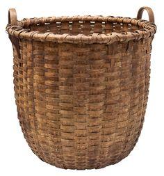 Lot Large Work Basket - Willis Henry Auctions, Inc.