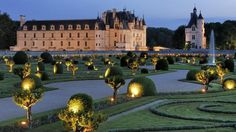 The Loire Valley, a UNESCO World Heritage Site is one of the most popular regions of France. Here is my choice of the top ten attractions of chateaux, gardens, vineyards, food and wine and cycling the Loire a velo route.