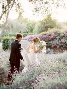 A Sea of Lavender and Love – Romantic Summer Wedding Inspiration in Shades of Lavender and Seafoam | Jose Villa Photography on @CVBrides via @aislesociety