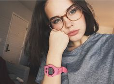 to see you with // glasses // eyes // fashion // aesthetic Braces And Glasses, Cute Glasses, New Glasses, Girls With Glasses, Glasses Frames, Arden Rose, Oversized Glasses, Four Eyes, Ray Ban Sunglasses Sale