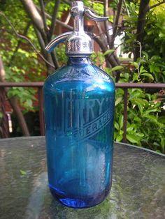 VINTAGE BLUE GLASS BEVERAGES SELTZER SODA BOTTLE ~ JERRY'S ~ JAMAICA, L.I. N.Y | eBay - $20.50