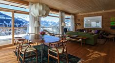 ALPENLOFT Madero Lofts, Bad Gastein, Chalet Chic, Outdoor Tables, Outdoor Decor, Hotel Spa, Holiday Destinations, Holiday Travel, Dining Table