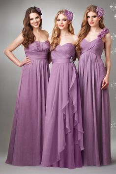 wow, the soft purple bridesmaid dresses are gorgeous. Love the ruffled strapless one! Wedding Robe, Wedding Attire, Wedding Gowns, Purple Bridesmaid Dresses, Wedding Bridesmaids, Purple Dress, Purple Wedding, Wedding Colors, Wedding Ideas