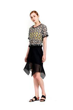 Vivienne Tam   Resort 2015   10 Monochrome printed short sleeve cropped top and black mesh mini skirt