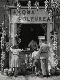 Vintage Photos of Italy: Nostalgic Pictures from the Italian Past Herbert List ITALIEN. Herbert List, Vintage Photographs, Vintage Photos, Vintage Ads, Nostalgic Pictures, Naples Italy, Venice Italy, Capri Italy, Sardinia Italy