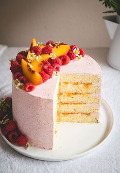 Almond Cake with Peach + Mascarpone Filling & Raspberry Buttercream…