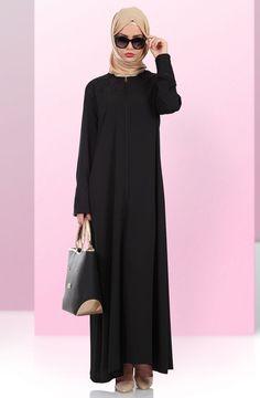 """Kırcıl Güpür Detaylı Ferace 1700-1 Siyah Sitemize """"Kırcıl Güpür Detaylı Ferace 1700-1 Siyah"""" tesettür elbise eklenmiştir. https://www.yenitesetturmodelleri.com/yeni-tesettur-modelleri-kircil-gupur-detayli-ferace-1700-1-siyah/"""