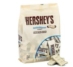 Hershey's Cookies 'N' Crème Hershey Cookies, Star Food, Candy Bowl, Party Packs, Chocolate Flavors, White Chocolate, Yummy Treats, Bowls, Cinnamon