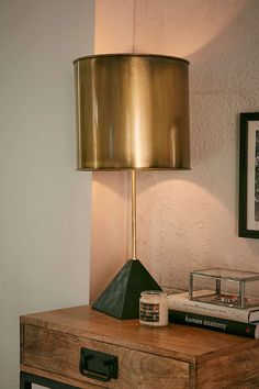 Pele Pyramid Stone Table Lamp