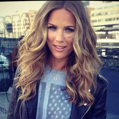 Marie Serneholt love her hair