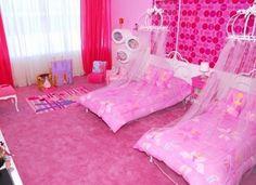Dormitorio de la casa de Barbie, la misma se ubica en la zona costera de Malibú.