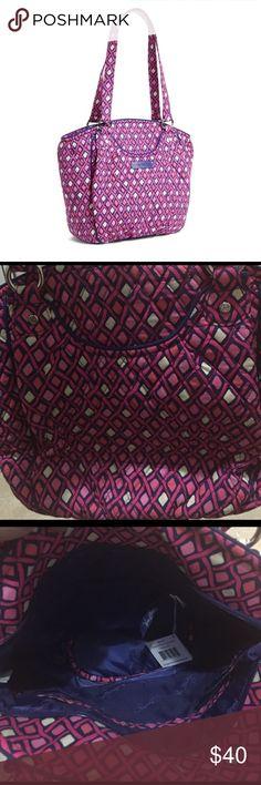"Vera Bradley Glenns Katalina Pink Diamonds 💎Vera Bradley Glenns Katalina Pink Diamonds 💎8"" W x 12 "" H x 5"" D with 11"" strap drop🌹Price Firm🌹 Vera Bradley Bags Shoulder Bags"