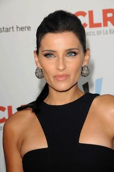 Nelly Furtado - Ethnicity of Celebs Stunningly Beautiful, Beautiful Eyes, Most Beautiful Women, Beautiful People, Supergirl Comic, Nelly Furtado, Female Singers, Red Carpet Fashion, Beautiful Actresses