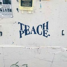Teach Peace – Graffiti World Urbane Kunst, Expressions, Beautiful Words, Beautiful Pictures, In This World, Wise Words, Decir No, Inspirational Quotes, Motivational Quotes