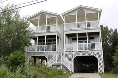 Coldwell Banker Resort Realty specializes in weekly rentals in Rehoboth Beach, Dewey Beach, Lewes and more.