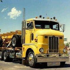 Classic Cabover Peterbilt 379, Peterbilt Trucks, Cool Trucks, Big Trucks, Train Truck, Cab Over, Semi Trucks, Tractors, Jeep