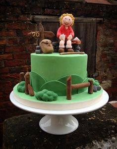 Hiking Birthday Cake   por Quite Contrary Cakes