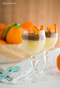 Cuajada de naranja y chocolate Picnic Desserts, Just Desserts, Delicious Desserts, Dessert Recipes, Yummy Food, Shot Glass Desserts, Food Test, Just Cooking, Marshmallows