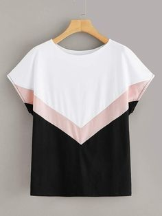 To find out about the Cut And Sew Tee at SHEIN, part of our latest T-Shirts ready to shop online today! Teen Fashion Outfits, Girl Fashion, Fashion Design, Fashion Tips, Crop Top Outfits, Cool Outfits, Blouse Styles, Blouse Designs, Umgestaltete Shirts