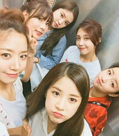 Image shared by ペンギン. Find images and videos about apink‬, naeun and eunji on We Heart It - the app to get lost in what you love. Kpop Girl Groups, Korean Girl Groups, Kpop Girls, Fandom, K Pop, Eunji Apink, Namjoo Apink, Bubblegum Pop, Pink Panda