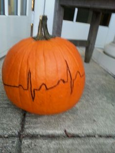 The paramedic's version of fall decorations: pumpkin carved with a 2nd Degree Type I (or Wenkebach) heart block. It's difficult to see the entire rhythm from this picture. Halloween Pumpkins, Halloween Ideas, Firefighter Halloween, Heart Block, Street Image, Hearth And Home, Pumpkin Ideas, Fall Decorations, Pumpkin Decorating