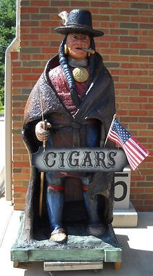 . Chainsaw Carvings, Wood Carvings, Native American Art, American Indians, Chain Saw Art, Cigar Store Indian, Ship Figurehead, Cigar Art, Exterior Signage
