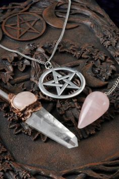 Working With Pendulums - Wiccan Moonsong