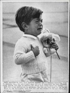 John F Kennedy Jr.: