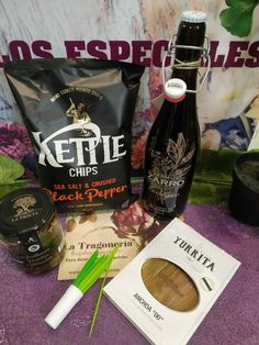 How To Cook Potatoes, Potato Chips, Sauce Bottle, Soy Sauce, Stuffed Peppers, Drinks, Cooking, Gourmet, Corporate Gifts