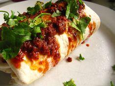 POWER MORNING MEAL: PALEO CHORIZO BREAKFAST BURRITO RECIPE | Paleo Recipes for the Paleo Diet