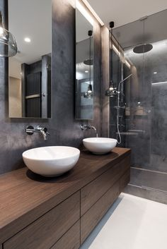 Bathroom Tub: The Complete Guide to Choosing Your Bathroom - Home Fashion Trend Funky Bathroom, Modern Bathroom Decor, Bathroom Interior Design, Master Bathroom, Modern Apartment Design, Small Toilet, Yellow Bathrooms, Shower Remodel, House Styles