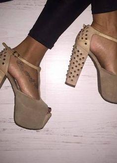 Kupuj mé předměty na #vinted http://www.vinted.cz/damske-boty/vysoke-podpatky/11297681-stylove-boty-vysoky-podpatek