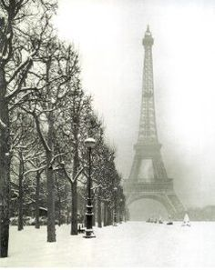 Amazon.com: Paris In The Snow (Eiffel Tower) Art Poster Print - 16x20 Art Poster Print, 8x20: PosterRevolution